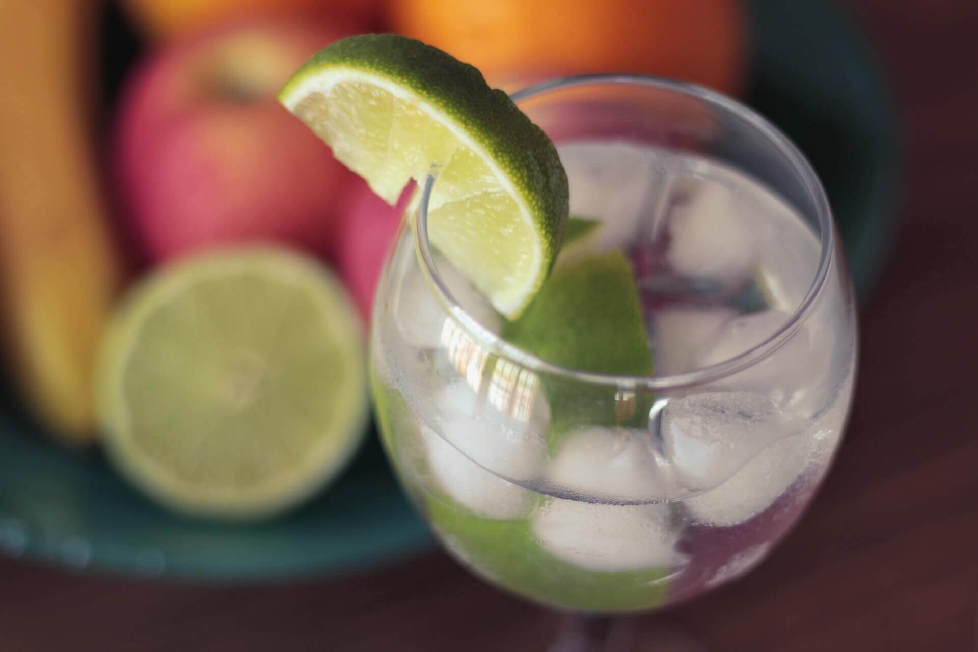 gin-tonic-lime